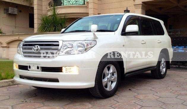 Toyota Land Cruiser 2016 V8 A.T full