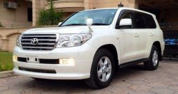 Toyota Land cruiser 2016 V8 A.T